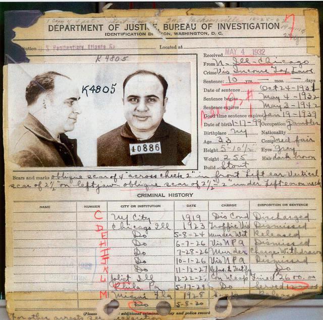 http://www.genealogiafamiliare.it/wp/wp-content/uploads/2018/03/1932-fedina-penale-fbi-di-al-capone-che-mostra-che-la-maggior-parte-delle-sue-accuse-penali-sono-state-respinte.jpg